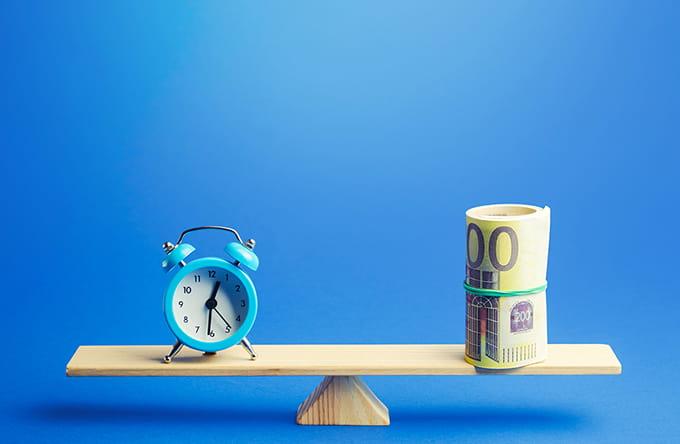 Aja ja kulu tasakaal